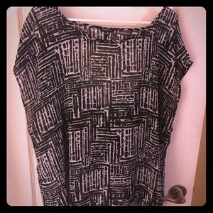 Black and white open back blouse